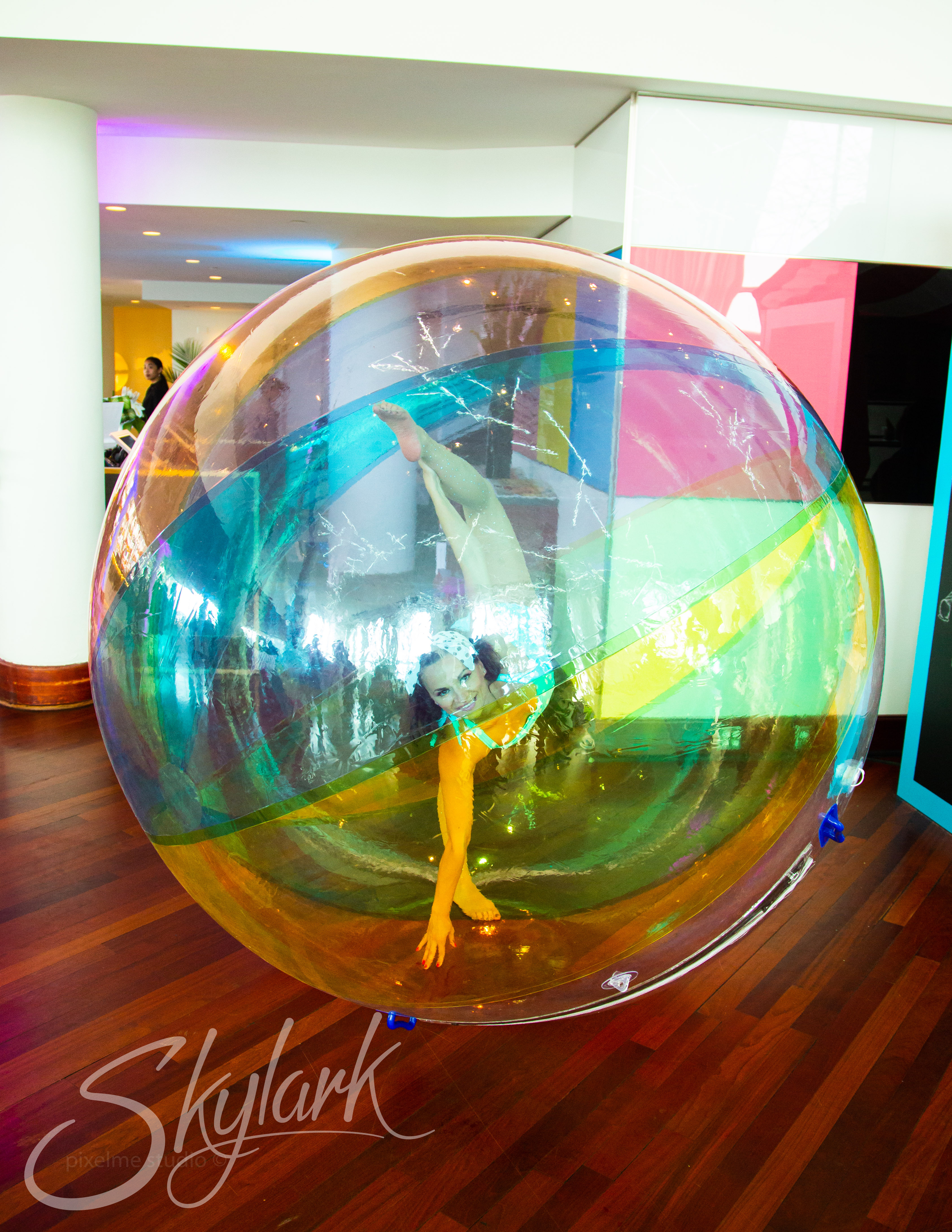 contortionist in a bubble